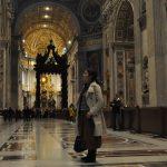 バチカン美術館とサン・ピエトロ大聖堂を半日で回る方法。ダフ屋は完全無視で!