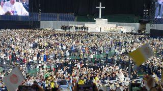 フランシスコ教皇の東京ドームミサに参列。世界平和を祈り、自らを戒めるひととき。