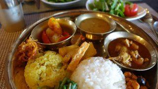 葉っぴ~カフェtutti(トゥッティ)でネパール人のダルマさんが作る薬膳家庭料理「ダルバート」【射水市グルメ】